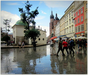 Good morning from Cracow... have a great day... Dzień dobry z Krakowa... udanego dnia... rainy day on Market Square.... deszczowy dzień na Krakowskim Rynku...