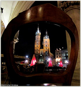 Good night from Cracow... sweet dreams... Dobranoc z Krakowa...kolorowych snów... Main Market Square by night.... Rynek nocą...